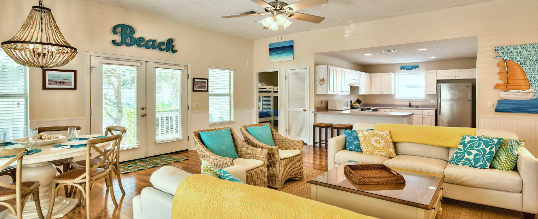 Destin Beach Cottage Rental Living Room